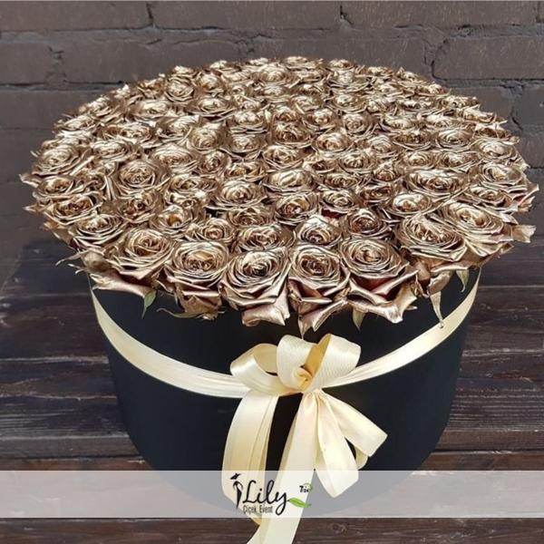 kutuda özel gold güller