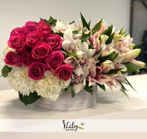 seramikte güller ve orkideler vip