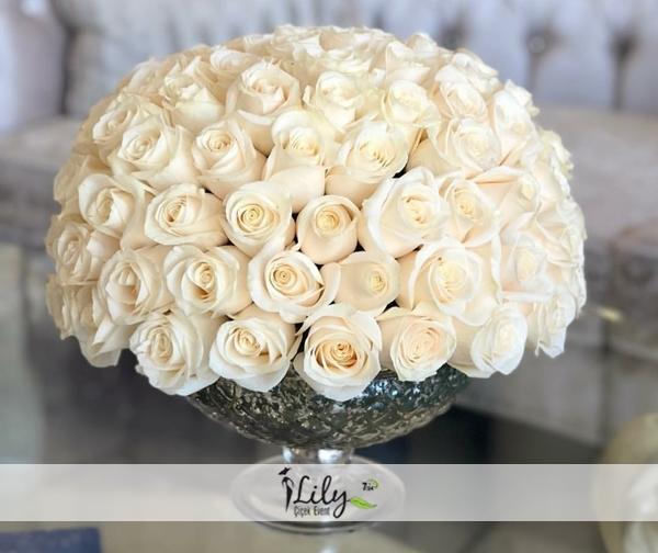 özel gondol camda 51 adet ithal güller
