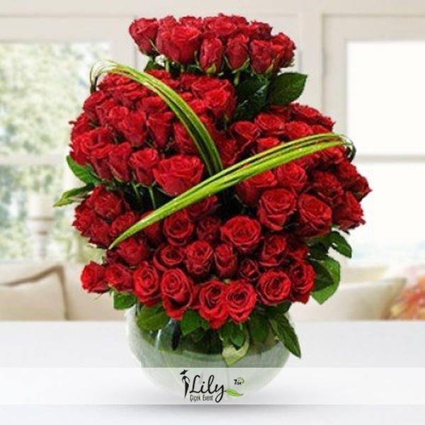 seramikte özel kırmızı güller