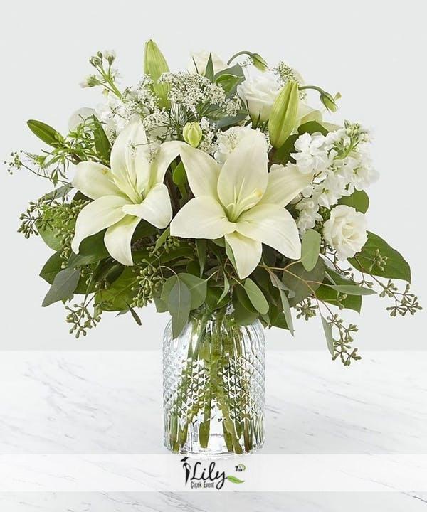 beyaz lilyum vazosu
