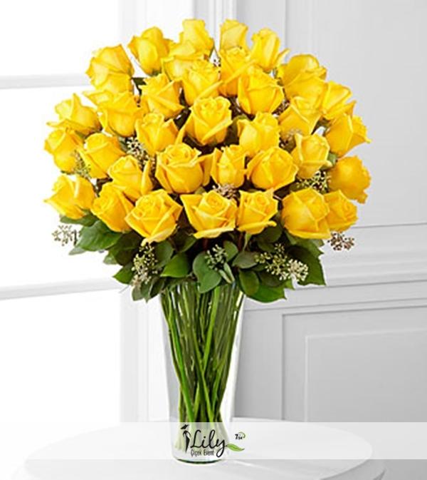 33 sarı gül vazosu