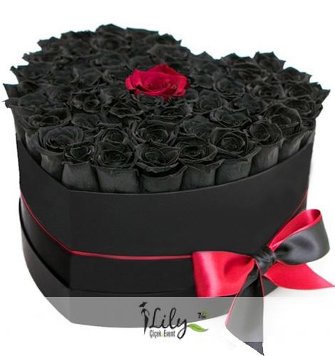 21 Adet Siyah Solmayan Güller ve VIP Muhteşem Tasarım