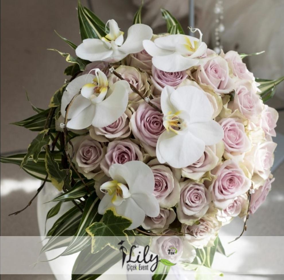 pembe güller ve orkidelerden gelin el buketi